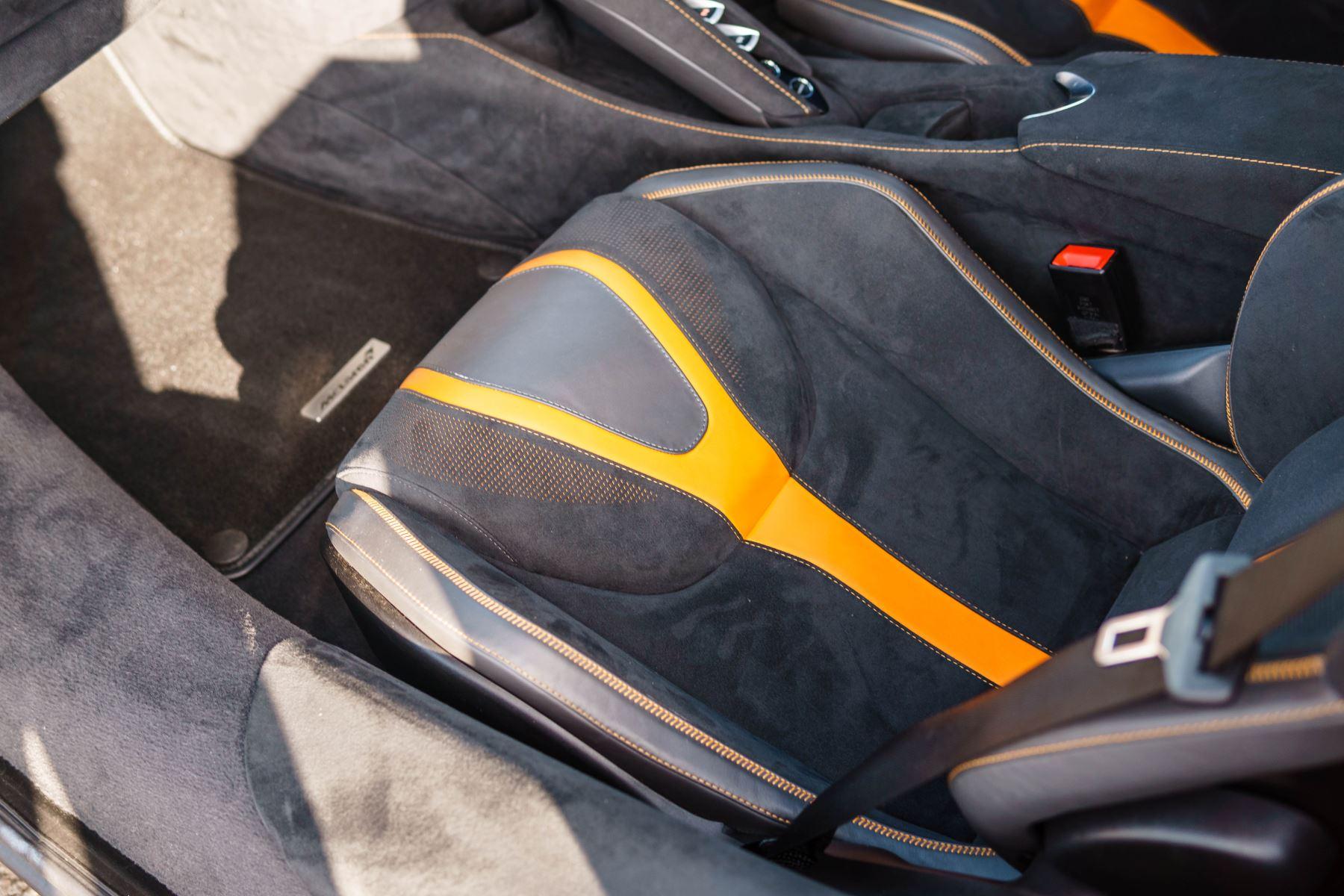 McLaren 720S V8 2dr SSG PERFORMANCE image 56